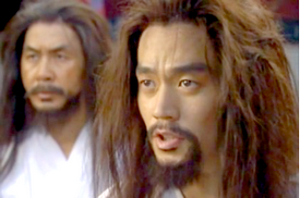 Hwangbo and Chief Jo in white prison clothes and messy hair receive news of their release;