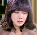 Seo Yeong weeps copiously as Sang Woo apologizes